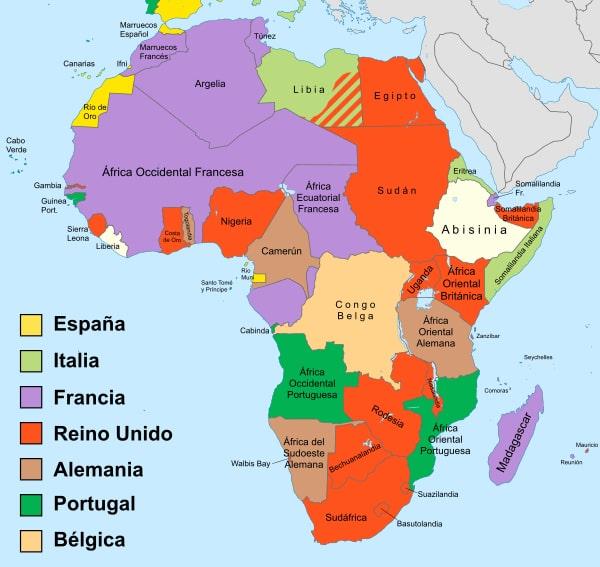 Más adelante en 1885, las potencias europeas se reparten África en la Conferencia de Berlín. España se queda el Sáhara, y Guinea, y algunas zonas de Marruecos.